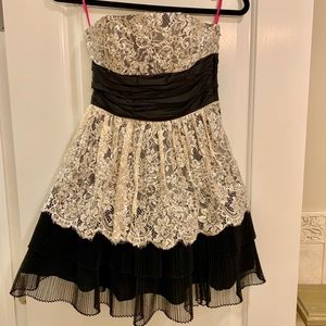Betsy Johnson Black and White Lace Prom Dress